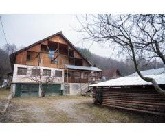 casa vila Arges munte pensiune zona turistica proprietar