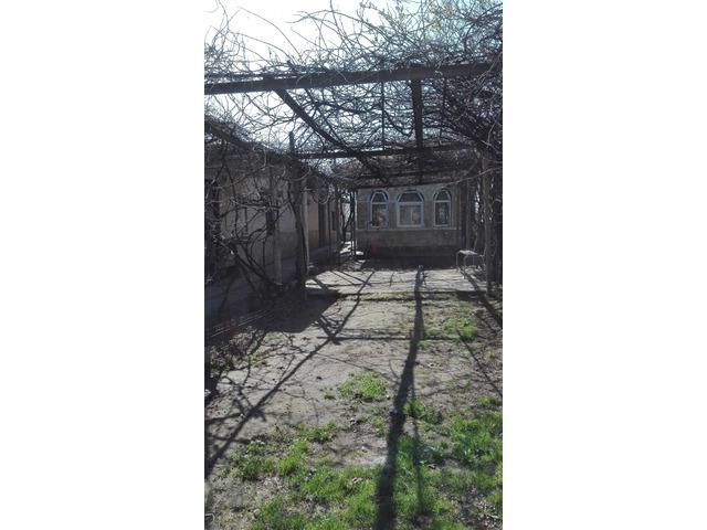 Teren 1732 mp, casa si anexe, Popesti-Leordeni, Ilfov